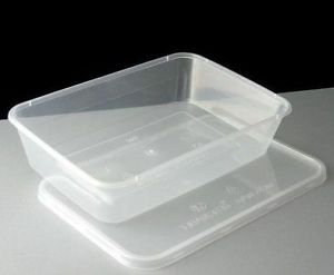 Take Away Plastic Oblong Container and Lid Medium 650ml